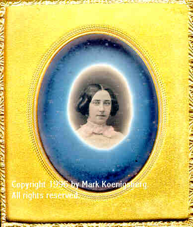 Sixth-plate daguerreotype of Woman with Small Irregular Magic Circle Vignette